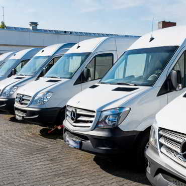 Hire a Van in Dubai